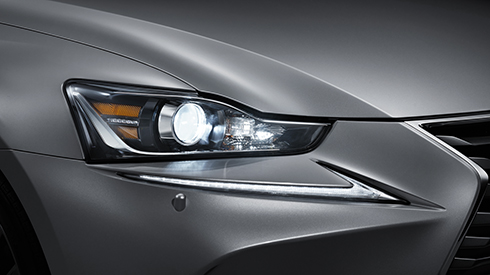 Is 2017 Features Bi Beam Led Headlamps Lexus Bahrain
