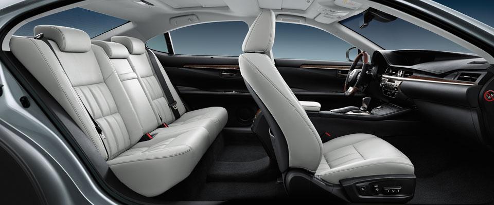 Toyota prius moonstone interior review the 2016 toyota prius is a marvel of modern 2017 for Toyota prius moonstone interior
